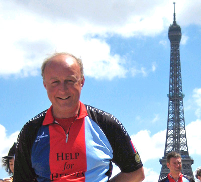 Nigel Murray arrives in Paris